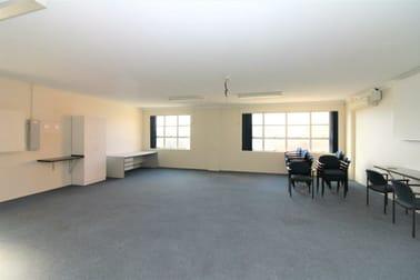 3/241 Margaret Street Toowoomba QLD 4350 - Image 2