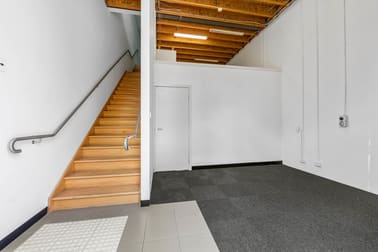 4/34 Wirraway Drive Port Melbourne VIC 3207 - Image 2