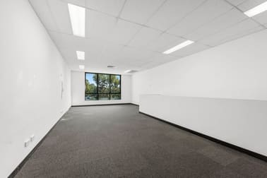 4/34 Wirraway Drive Port Melbourne VIC 3207 - Image 3