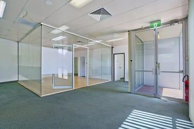 Unit 2/107 Griffiths Road Lambton NSW 2299 - Image 2