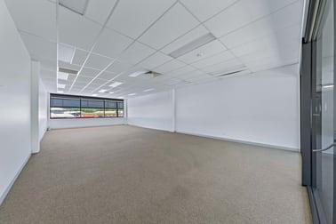 228-230 Shute Harbour Road Cannonvale QLD 4802 - Image 2