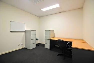 16/142 Siganto Drive Helensvale QLD 4212 - Image 3