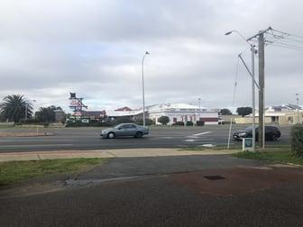 2 Grange Drive Cooloongup WA 6168 - Image 2