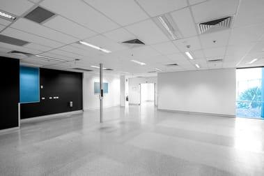9 McKechnie Drive Eight Mile Plains QLD 4113 - Image 2