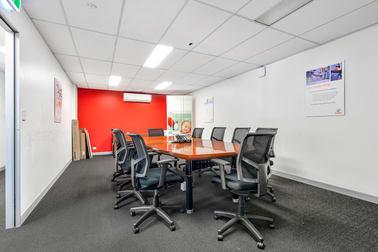Unit 2, 53 Newheath Drive Arundel QLD 4214 - Image 3