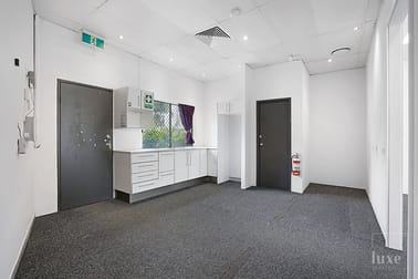 3/21-23 First Avenue Maroochydore QLD 4558 - Image 2
