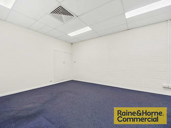16/220 Boundary Street Spring Hill QLD 4000 - Image 2