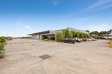 Warehouse 2 539 Mt Derrimut Road Derrimut VIC 3026 - Image 1