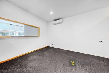 2A/106 Bundall Road Bundall QLD 4217 - Image 3