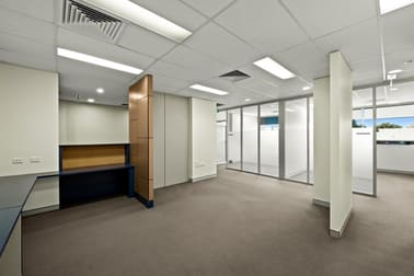 7/195 Hume  Street Toowoomba QLD 4350 - Image 1
