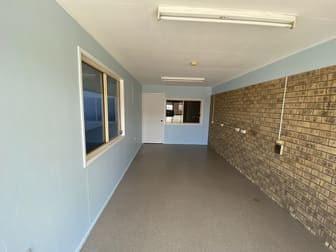 3/104 Boat Harbour Drive Pialba QLD 4655 - Image 2