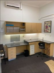 3/145 Racecourse Rd Ascot QLD 4007 - Image 2