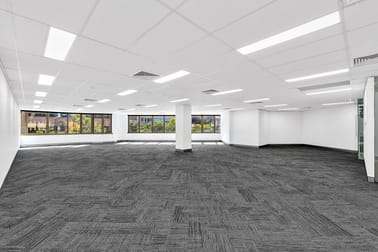 Level 2, 203/67 Astor  Terrace Spring Hill QLD 4000 - Image 2
