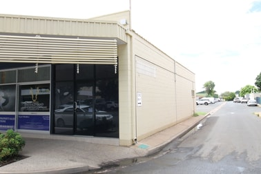2/8 Borilla Street Emerald QLD 4720 - Image 1