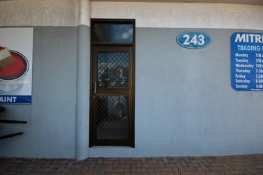 Level 1, 243 Ingham Road Garbutt QLD 4814 - Image 2
