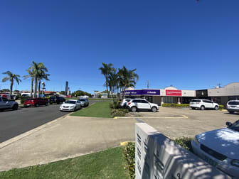 2/156 Boat Harbour Drive Pialba QLD 4655 - Image 3