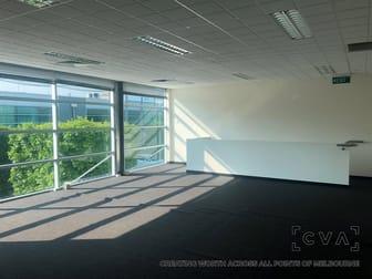 13/3 Westside Avenue Port Melbourne VIC 3207 - Image 3