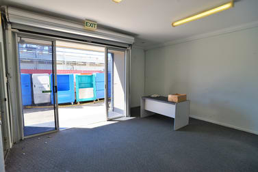 2/34-36 Nealdon Drive Meadowbrook QLD 4131 - Image 3