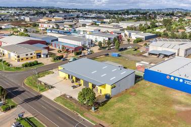 2/10 Tradewinds Court Glenvale QLD 4350 - Image 1