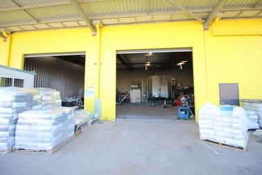 2/10 Tradewinds Court Glenvale QLD 4350 - Image 2