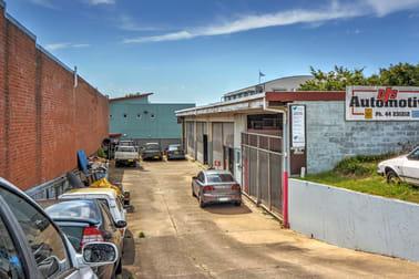 2 Burr Avenue Nowra NSW 2541 - Image 2