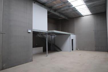 17/5 - 11 Waynote Place Unanderra NSW 2526 - Image 2