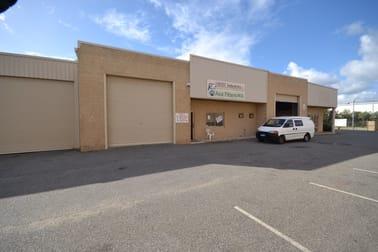 2/11 Oxleigh Drive Malaga WA 6090 - Image 1