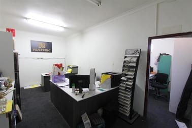 Unit 6/20-22 Stanley Street Peakhurst NSW 2210 - Image 3
