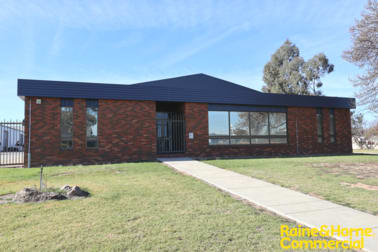 11 Lawson Street Wagga Wagga NSW 2650 - Image 1