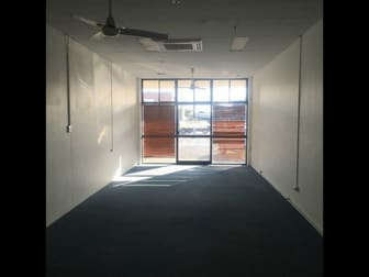 Shop 4/32-34 Denham Street Rockhampton City QLD 4700 - Image 2