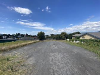 12 Rintoull Street Morwell VIC 3840 - Image 2