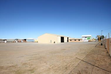 316 Place Road Wonthella WA 6530 - Image 3