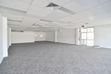 31 Barklya Place Marsden QLD 4132 - Image 2