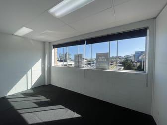 2/3 Elliot Street Albion QLD 4010 - Image 2