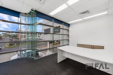 Unit 2/3 Marie Street Milton QLD 4064 - Image 2