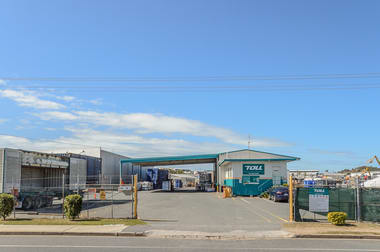 67 Lord Street Gladstone Central QLD 4680 - Image 2
