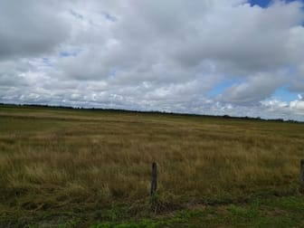 33775 Bruce Highway Mount Surround QLD 4809 - Image 2