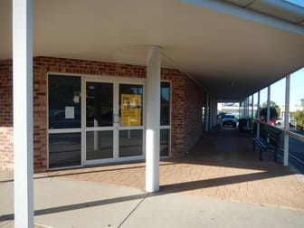 146 Off Street South Gladstone QLD 4680 - Image 2