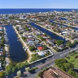 Sunshine Boulevard Mermaid Waters QLD 4218 - Image 3