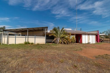 25 Fifth Avenue Mount Isa QLD 4825 - Image 3