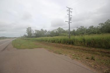 618 Stuart Drive Roseneath QLD 4811 - Image 2