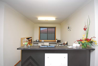 8 Whitehorse Road Mount Clear VIC 3350 - Image 3
