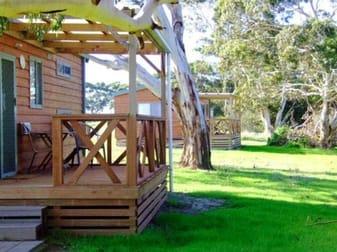 Seal Bay Cottages/3052 South Coast Rd Seddon SA 5223 - Image 1
