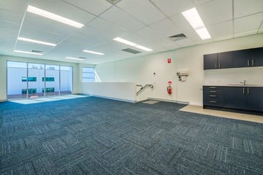 Units 3 & 5/23 Technology Drive, Augustine Heights QLD 4300 - Image 3