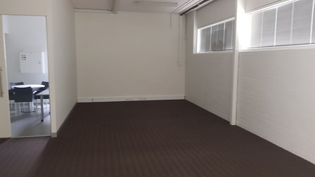 2/14 Brodie Hall Drive Bentley WA 6102 - Image 3