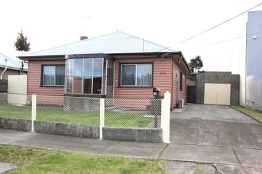 10 Comley Street, Sunshine North VIC 3020 - Image 1