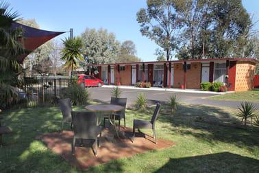 1 Castlereagh Street Gilgandra NSW 2827 - Image 1