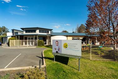 2 Moorefield Park Drive Wodonga VIC 3690 - Image 1