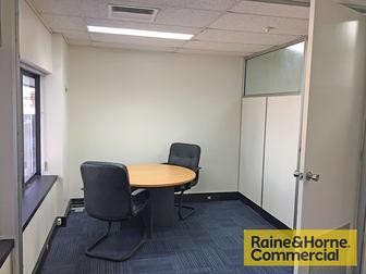 24/445 Upper Edward Street Spring Hill QLD 4000 - Image 3