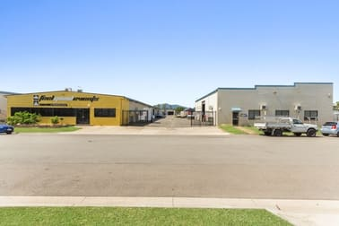 199 Ingham Road West End QLD 4810 - Image 1